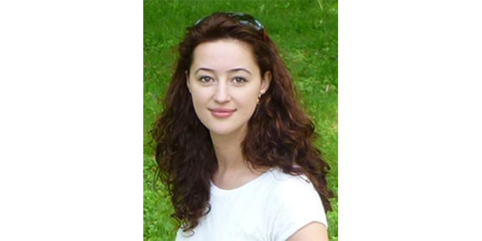 Dr Alla Karnaukh-Brożyna